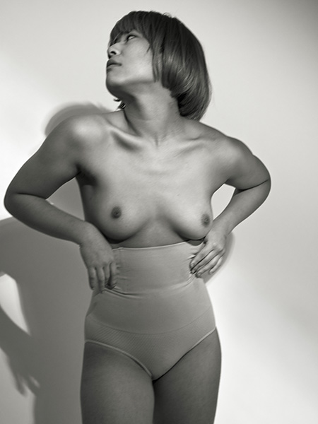 Ayumi_Nude_Black & White_DAV0153
